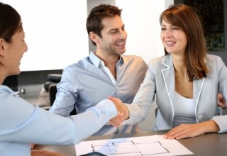 Couple concluding financial contract
