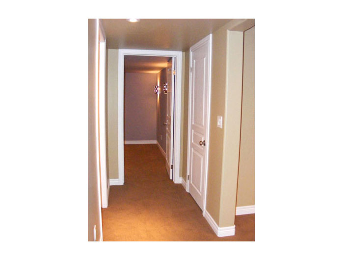 Hallway to guest bedroom & bathroom