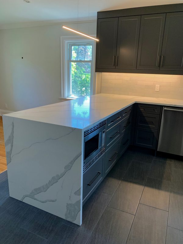 Waterfall marble countertop