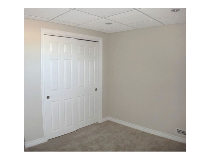 Closet sliding doors
