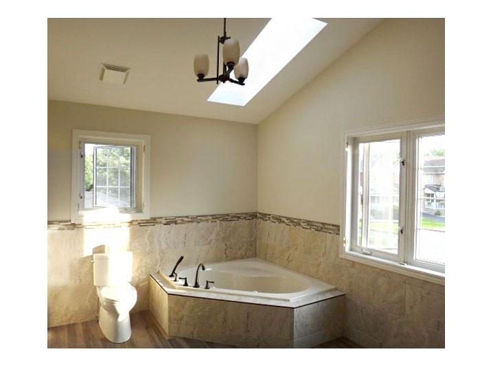Tiled soaker tub