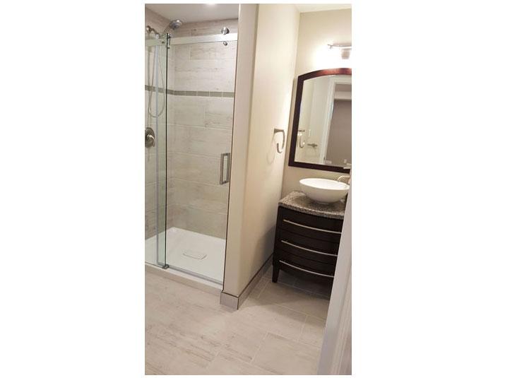 Beige and dark brown bathroom