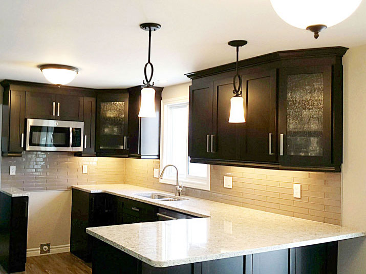 Kitchen cabinets with Maple shaker style doors
