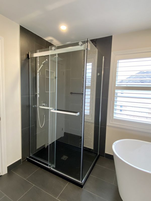 Glass corner shower