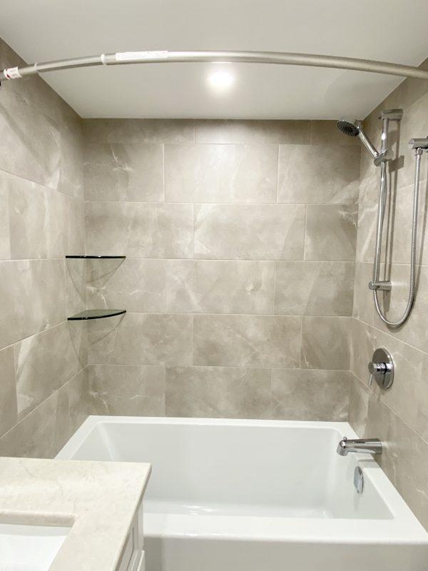 Three wall alcove bathtub